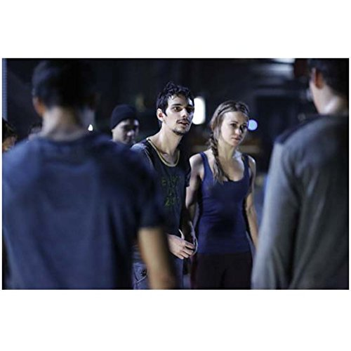 Devin Bostick 8 Inch x 10 Inch PHOTOGRAPH The 100 (TV Series 2014 - ) Next to Chelsey Reist kn