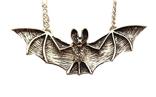 Joyplancraft 3D Bat Necklace,Retro Silvery Bat Pendant,Cute Necklace,Fashion Necklace,Bat Necklace