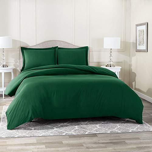 Nestl Bedding Duvet Cover 3 Piece Set – Ultra Soft Double Brushed Microfiber Hotel Collection – Comforter Cover with Button Closure and 2 Pillow Shams, Hunter Green - Queen 90'x90'