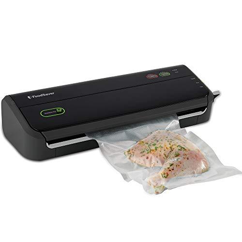 FoodSaver FM2000 Vacuum Sealer Machine with Starter Bags & Rolls   Safety Certified   Black - FM2000-FFP