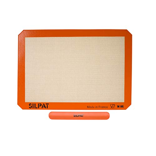 Silpat AE420295-40 Premium Non-Stick Silicone Baking Mat with Storage Band, Half Sheet Size, 11-5/8' x 16-1/2'