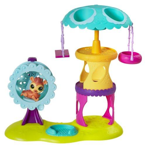Littlest Pet Shop Playtime Park with Russell Ferguson Playset