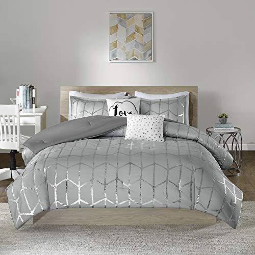 Intelligent Design Raina Comforter Set Metallic Print Geometric Design, Modern Trendy All Season Bedding Set, Matching Sham, Decorative Pillow, Grey/Silver, Full/Queen, 5 Piece