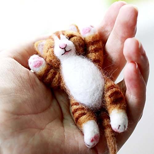 Artec360 Lazy Cat Needle Felting Kits Lying in Hand - Needles, Finger Guards, Black High-Density Foam Mat, Instructions 3.2'
