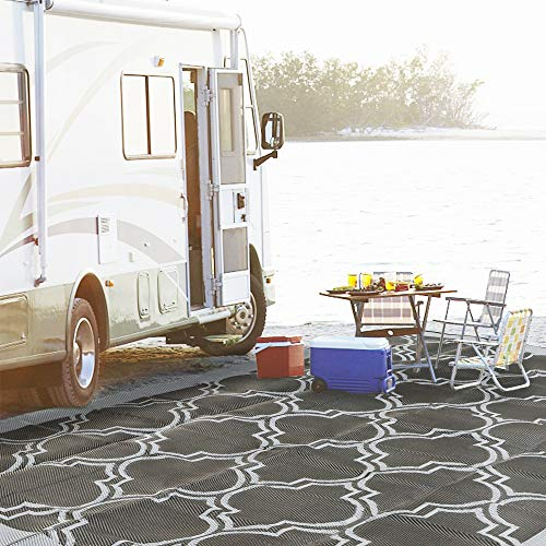 SAND MINE Reversible Mats, Plastic Straw Rug, Modern Area Rug, Large Floor Mat and Rug for Outdoors, RV, Patio, Backyard, Deck, Picnic, Beach, Trailer, Camping (9' x 12', Black Quatrefoil)