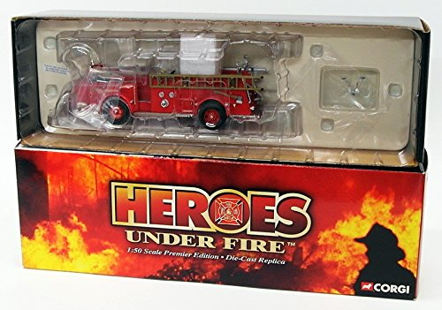 CORGI HEROES UNDER FIRE, AMERICAN LA FRANCE 700 OPEN CAB, WASHINGTON, DC. 1:50 SCALE DIE CAST MODEL