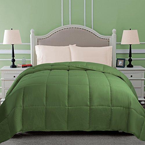 SUPERIOR Down Alternative Comforter - Bed Comforter, Medium-Fill Weight, All Season Comforter, Twin, Terrace Green