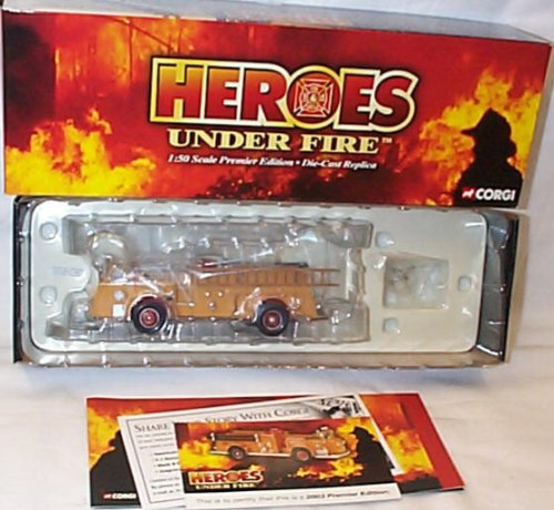 CORGI HEROES UNDER FIRE, AMERICAN LA FRANCE 700 OPEN CAB PUMPER - WASHINGTON FIRE COMPANY, NO. 1, CONSHOHOCKEN, PA., 1:50 SCALE DIE CAST MODEL