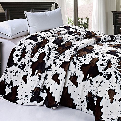 Home Soft Things Soft and Thick Faux Fur Sherpa Backing Bed Blanket, Queen (86' x 92'), Cows Flower