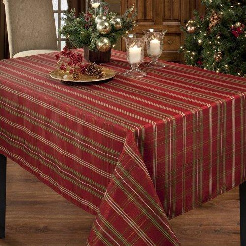 Benson Mills Christmasville Metallic Fabric Tablecloth, 70-Inch Round