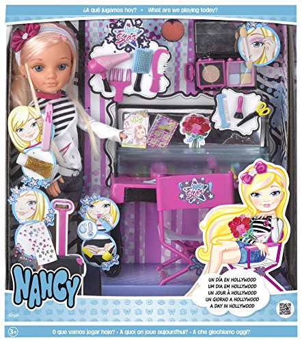 Nancy 700013721 Doll One Day in Hollywood