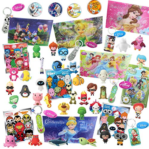 Disney World of Disney Looksee Blind Bags Box | Includes 7 Official Disney Themed Blind Bags for Girls and Boys | Random Disney, Pixar, and Marvel Themed Keychains & Disney Buttons